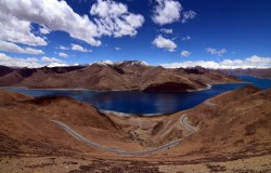 Lhasa & Yamdrok Lake Tour